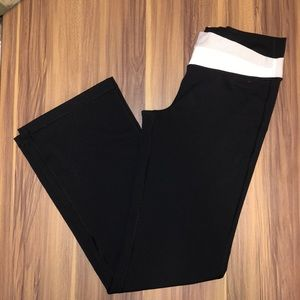 NWOT lulu yoga pants